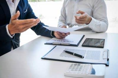 Discussion sur la résiliation d'une assurance auto pour non paiement